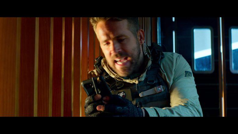 Mechanix Tactical Gloves Worn by Ryan Reynolds in 6 Underground (1)