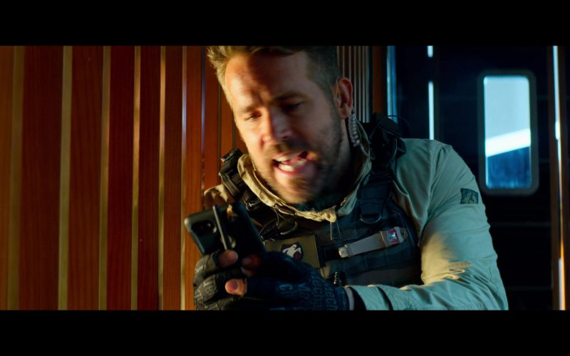 Mechanix Tactical Gloves Worn by Ryan Reynolds in 6 Underground (1)