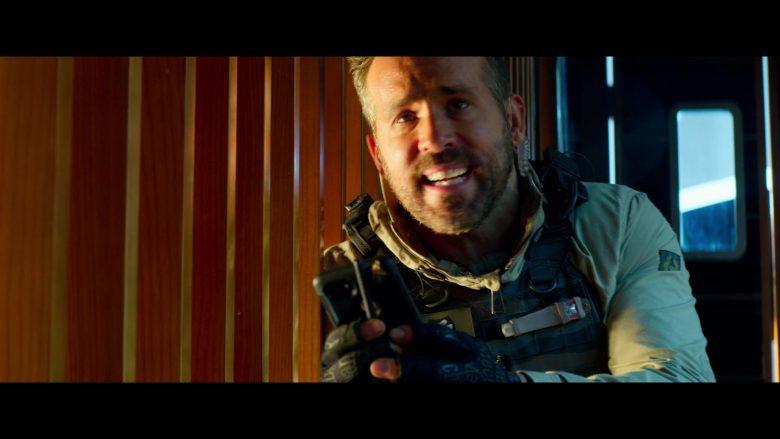 Mechanix Tactical Gloves Worn by Ryan Reynolds in 6 Underground (2)