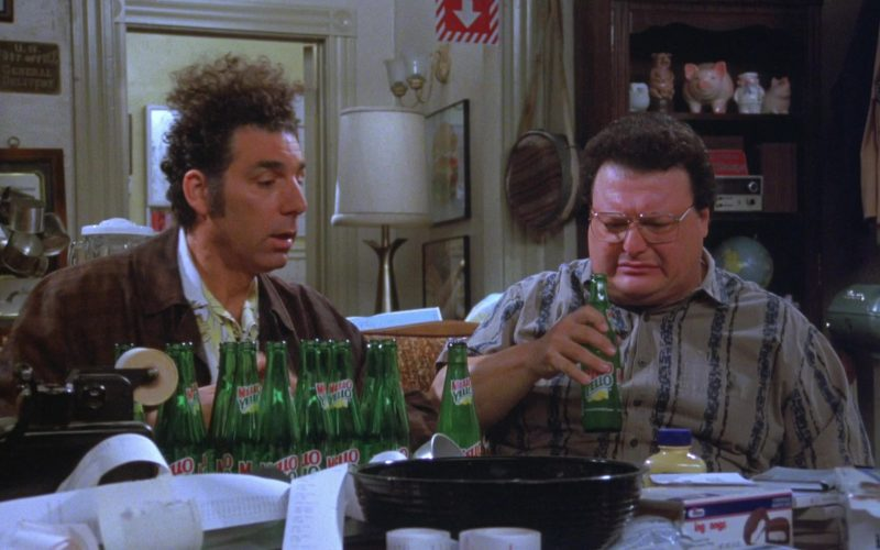 Mello Yello Soda Enjoyed by Michael Richards as Cosmo Kramer in Seinfeld Season 7 Episode 21-22 The Bottle Deposit (1)