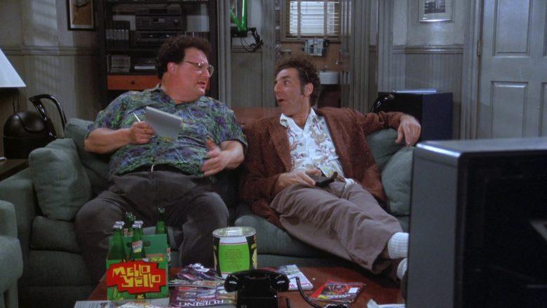 Mello Yello Soda Enjoyed by Wayne Knight as Newman in Seinfeld Season 7 Episode 21-22 (5)