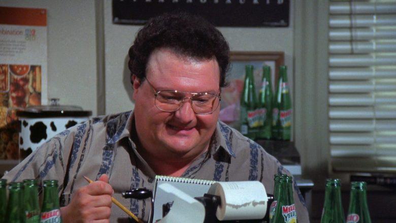 Mello Yello Soda Enjoyed by Wayne Knight as Newman in Seinfeld Season 7 Episode 21-22 (9)