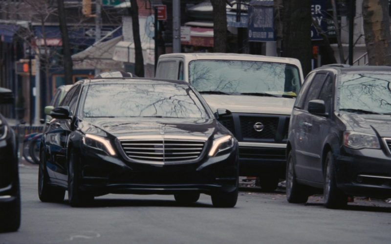Mercedes-Benz S-Class Car in Succession Season 1 Episode 6 Which Side Are You On (1)