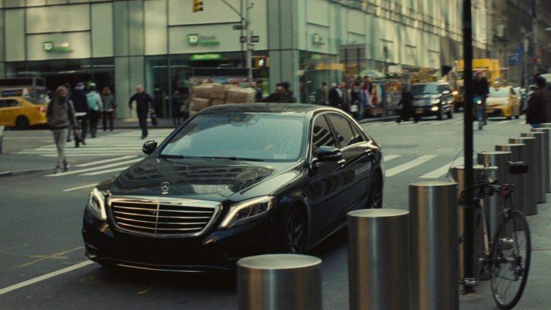 Mercedes-Benz S-Class Cars in Succession Season 1 Episode 1 Celebration (1)