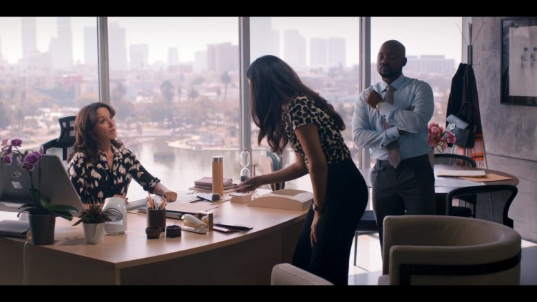 Microsoft Surface Studio All-In-One PC Used by Jennifer Beals as Bette Porter in The L Word Generation Q Season 1 Episo (1)