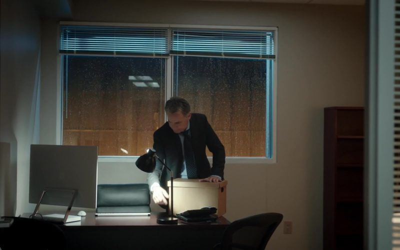 Microsoft Surface Studio Computer Used by Bruce Greenwood as Randolph Bell in The Resident Season 3 Episode 9