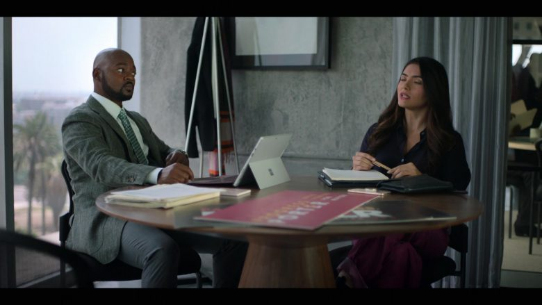 Microsoft Surface Tablet in The L Word Generation Q Season 1 Episode 2 Less Is More (1)