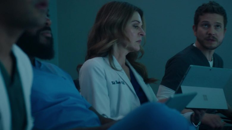Microsoft Surface Tablets in The Resident Season 3 Episode 9 (2)