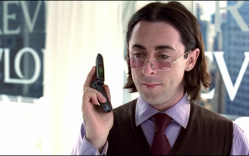 Motorola Mobile Phone Used by Alan Cumming in Josie and the Pussycats