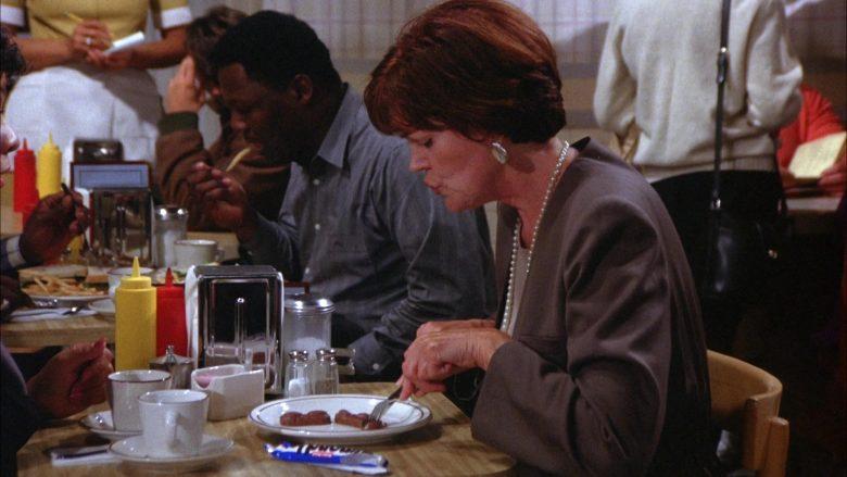 Mounds Chocolate Bar in Seinfeld Season 6 Episode 3 The Pledge Drive