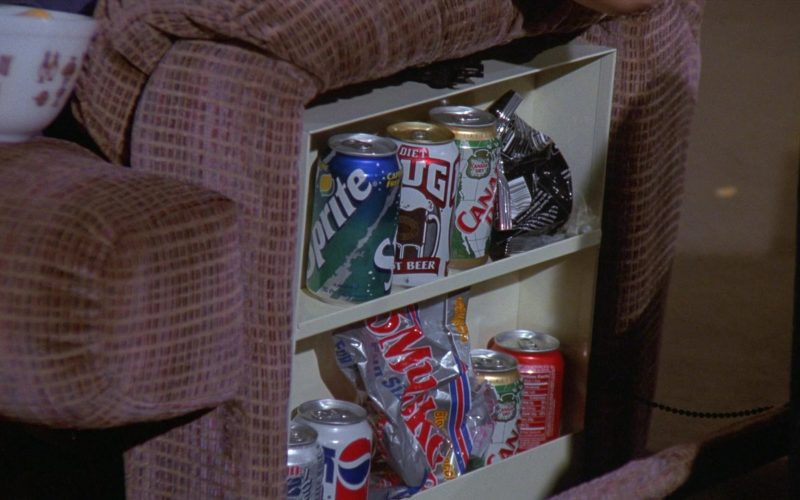 Mug Root Beer, Sprite, Canada Dry, Pepsi in Seinfeld Season 8 Episode 22 The Summer of George (1997)