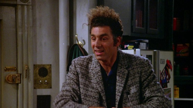 Nabisco Honey Maid Crackers in Seinfeld Season 5 Episode 18-19 The Raincoats (1)