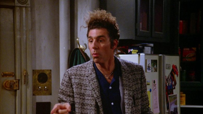 Nabisco Honey Maid Crackers in Seinfeld Season 5 Episode 18-19 The Raincoats (2)