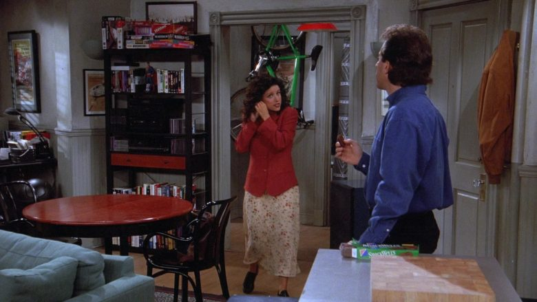 Nabisco Snackwell's Devils Food Cookies Enjoyed by Jerry Seinfeld in Seinfeld Season 7 Episode 4 (1)