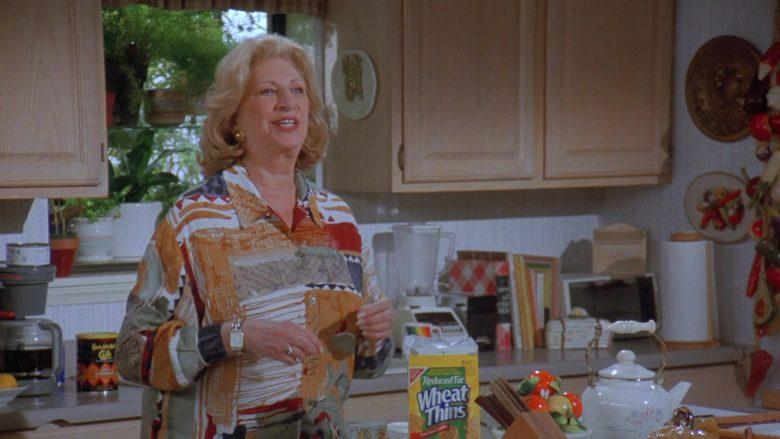 Nabisco Wheat Thins in Seinfeld Season 7 Episode 14-15 The Cadillac (3)