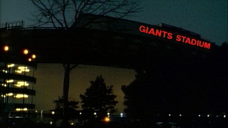 New York Giants in Seinfeld Season 5 Episode 9 The Masseuse (1)
