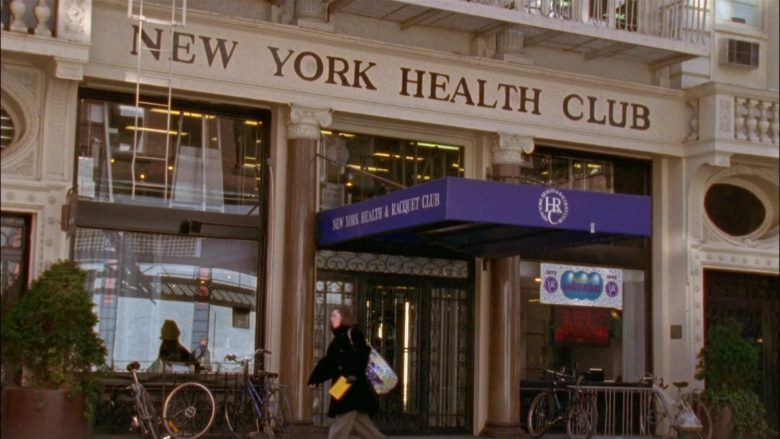 New York Health and Racquet Club in Seinfeld Season 6 Episode 19 The Jimmy (2)