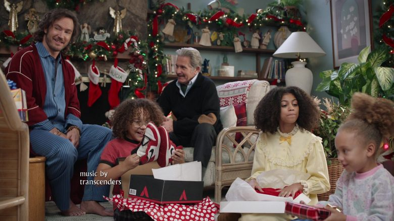 "Nike Shoes Held by Ethan William Childress as Johan Johnson in Mixed-ish Season 1 Episode 10 ""Do They Know It's Christmas?"" (2019) TV Show"