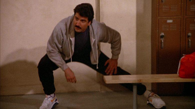 Nike Sneakers in Seinfeld Season 3 Episode 17 The Boyfriend (2)