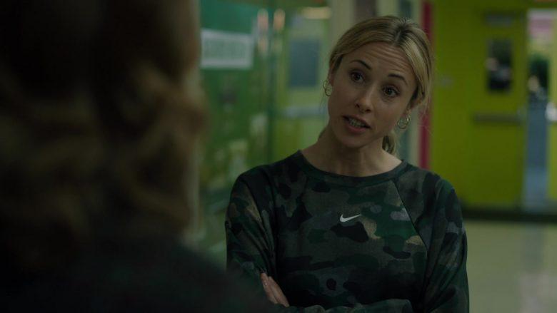 Nike Sweatshirt For Women in Stumptown Season 1 Episode 9 Dex Education (1)