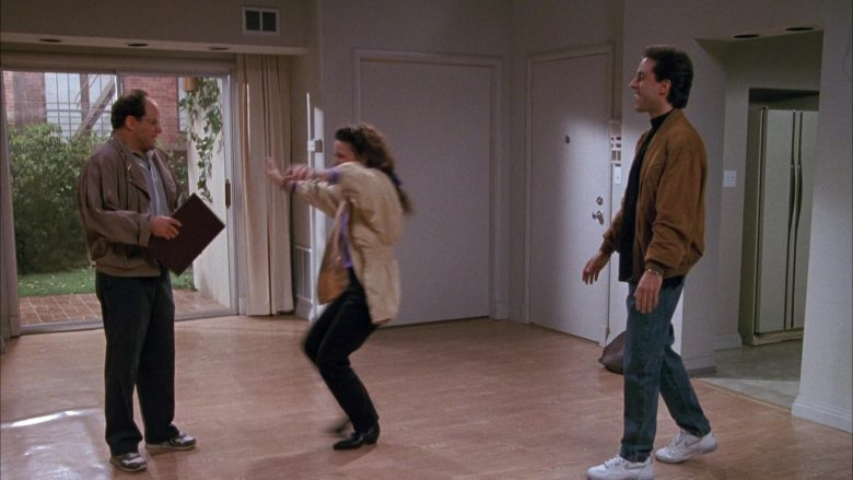 Nike White Shoes Worn by Jerry Seinfeld in Seinfeld Season 1 Episode 3 (10)