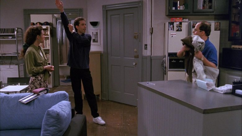 Nike White Shoes Worn by Jerry Seinfeld in Seinfeld Season 1 Episode 3 (11)