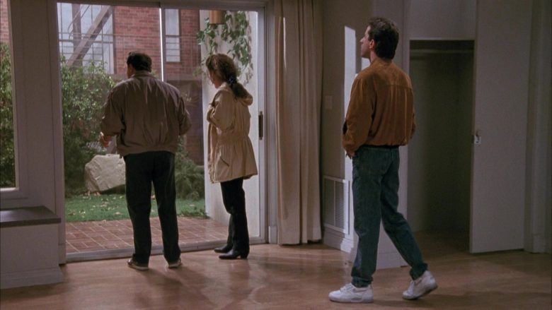 Nike White Shoes Worn by Jerry Seinfeld in Seinfeld Season 1 Episode 3 (9)