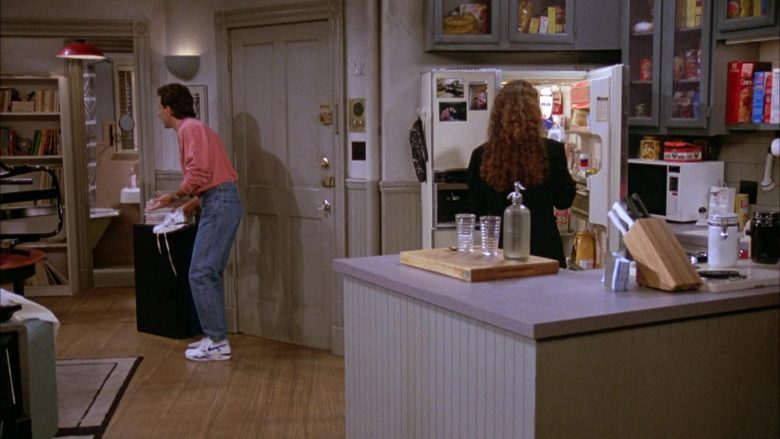 Nike White Shoes Worn by Jerry Seinfeld in Seinfeld Season 3 Episode 4 The Dog (1)