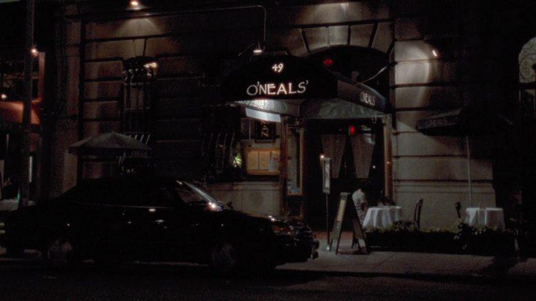 O' Neals' Restaurant in Seinfeld Season 7 Episode 20 The Calzone (2)