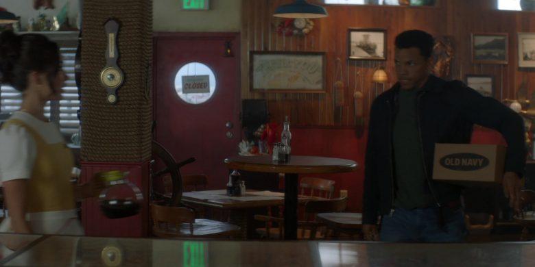 Old Navy Box Held by Tunji Kasim as Ned 'Nick' Nickerson in Nancy Drew Season 1 Episode 8 (1)