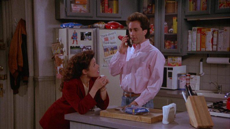 Oreo Cookies Enjoyed by Julia Louis-Dreyfus as Elaine Benes in Seinfeld Season 4 Episode 22 (1)