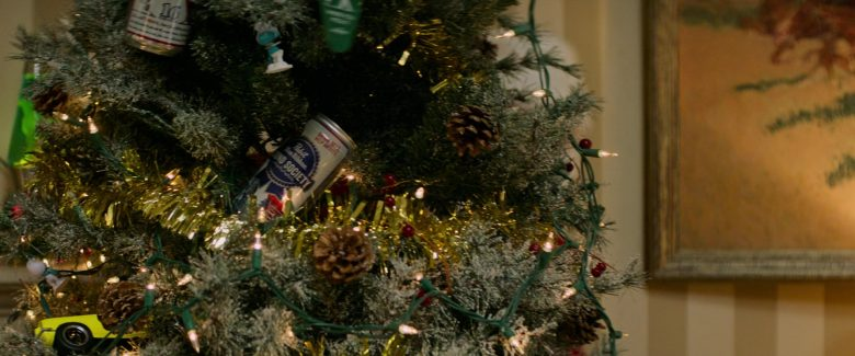 Pabst Blue Ribbon Beer Cans in Zombieland Double Tap (1)
