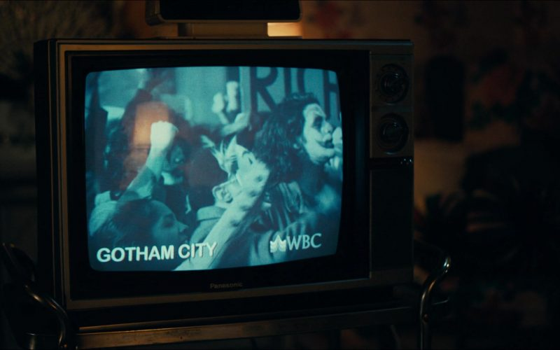 Panasonic TV in Joker (2)
