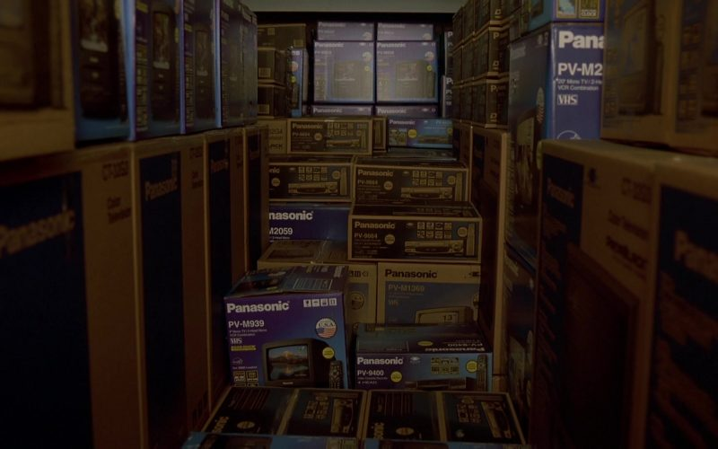 Panasonic TVs and Recorders in The Fast and the Furious (1)