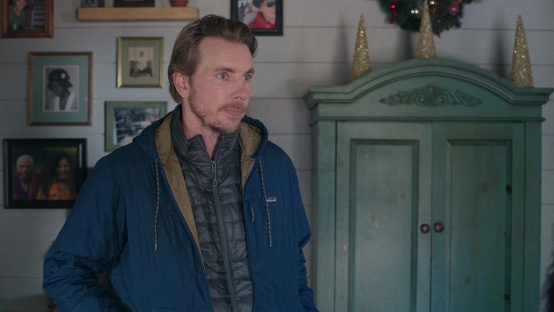 Patagonia Blue Jacket For Men Worn by Dax Shepard as Mike Levine-Young in Bless This Mess Season 2 Episode 9 (3)