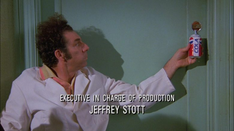 Pepsi Cola Can Held by Michael Richards as Cosmo Kramer in Seinfeld Season 9 Episode 7