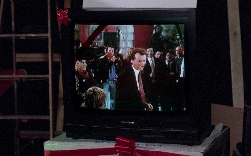 Pioneer TV in Scrooged (1988)