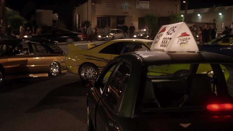 Pizza Hut in The Fast and the Furious (1)