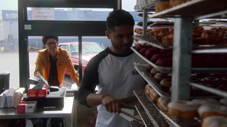 Randy's Donuts Donut Shop in Runaways Season 3 Episode 4 Rite of Thunder (1)