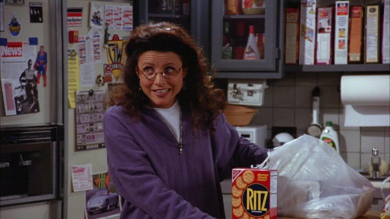 Ritz Crackers Held by Julia Louis-Dreyfus as Elaine Benes in Seinfeld Season 6 Episode 4 The Chinese Woman (4)