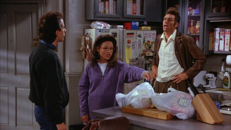 Ritz Crackers Held by Julia Louis-Dreyfus as Elaine Benes in Seinfeld Season 6 Episode 4 The Chinese Woman (5)