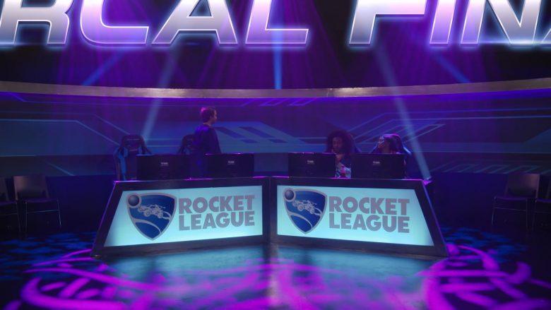Rocket League Video Game in Fuller House Season 5 Episode 5 (3)