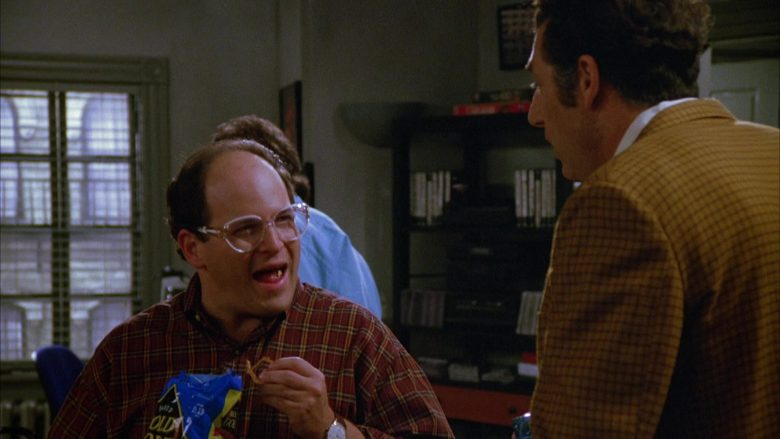 Rold Gold Pretzels Enjoyed by Jason Alexander as George Costanza in Seinfeld Season 5 Episode 3 (4)