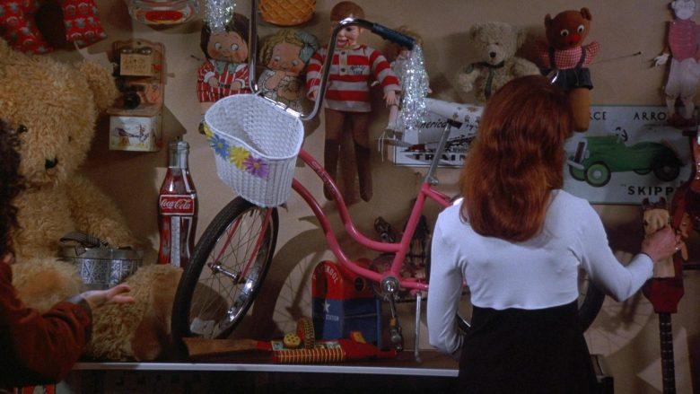 Schwinn Retro Bicycle and Coca-Cola in Seinfeld Season 7 Episode 13 The Seven