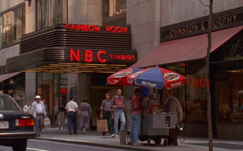 Shofar Kosher Hot Dogs and NBC Studios in Seinfeld Season 5 Episode 2 The Puffy Shirt (1)