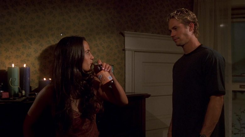 Snapple Drink Enjoyed by Jordana Brewster as Mia Toretto in The Fast and the Furious (2)
