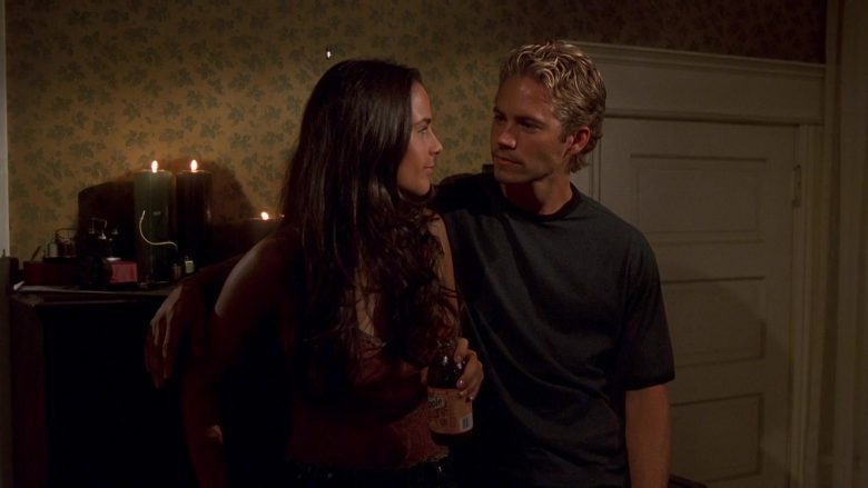 Snapple Drink Enjoyed by Jordana Brewster as Mia Toretto in The Fast and the Furious (3)