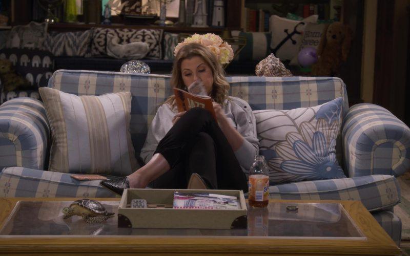 Snapple Drink in Fuller House Season 5 Episode 8