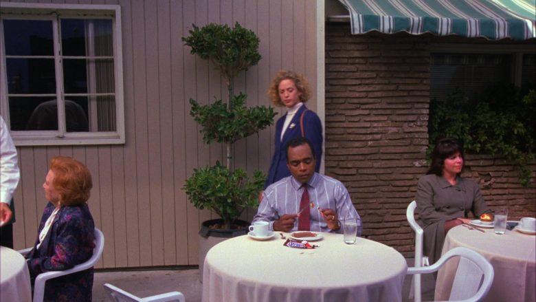 Snickers Bars in Seinfeld Season 6 Episode 3 The Pledge Drive (2)