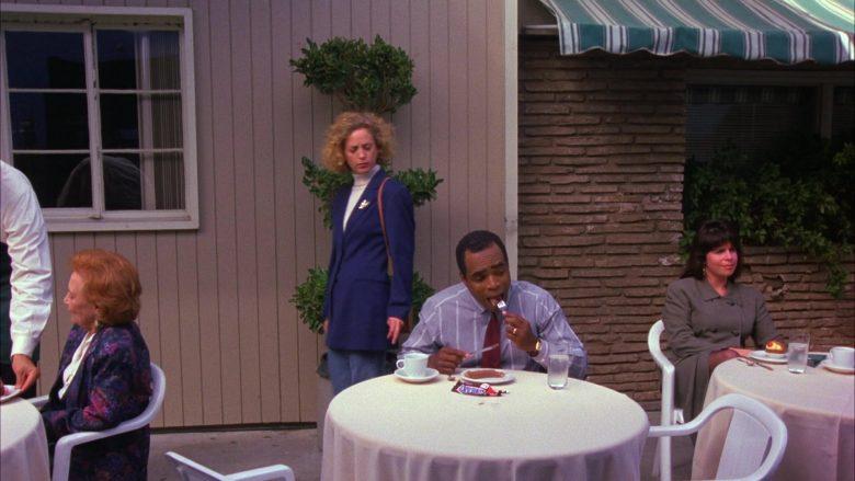 Snickers Bars in Seinfeld Season 6 Episode 3 The Pledge Drive (3)